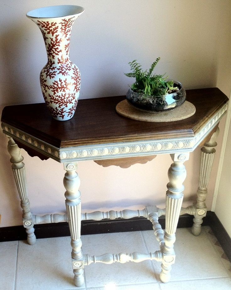 Best Half Moon Accent End Table For Entrance Or Hallway End 400 x 300