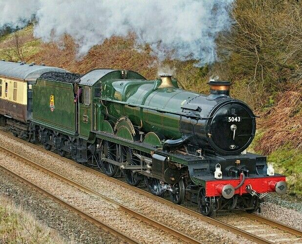 BR (GWR)  Castle class 4-6-0  No 5043 'Earl of Mount Edgecumbe'