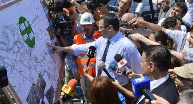 """Ponta: """"Anul viitor, cu siguranţă, va fi autostradă de la granţila cu Ungaria până dincolo de Sibiu"""""""