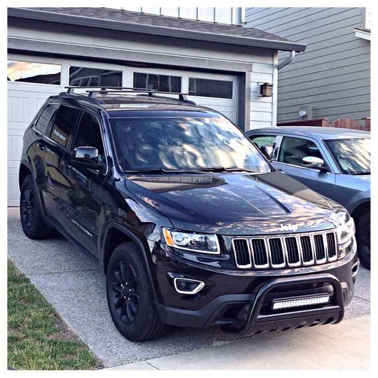 2014 Jeep Grand Cherokee WK2, black, plasti dip, bull bar, LED light bar