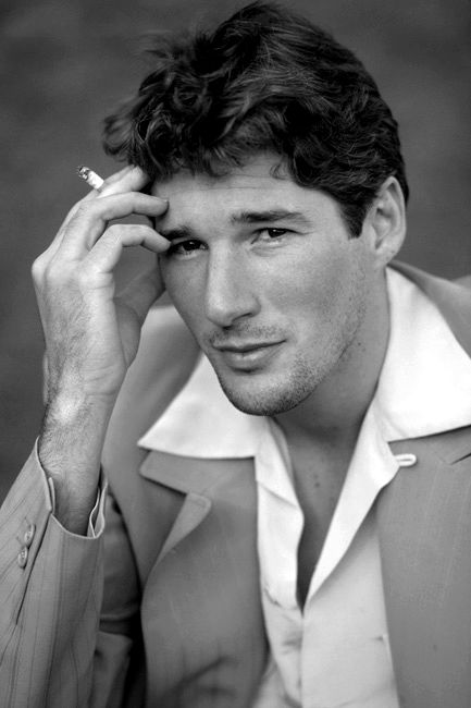August 31 in 1949, Richard Gere, star of such hit films as An Officer and a Gentleman, Pretty Woman and Chicago, was born in Philadelphia, Pennsylvania.