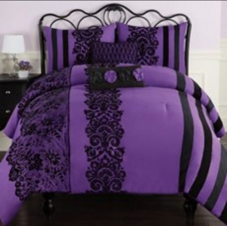 Best 10 Purple Black Bedroom Ideas On Pinterest: Best 25+ Purple Bedrooms Ideas On Pinterest