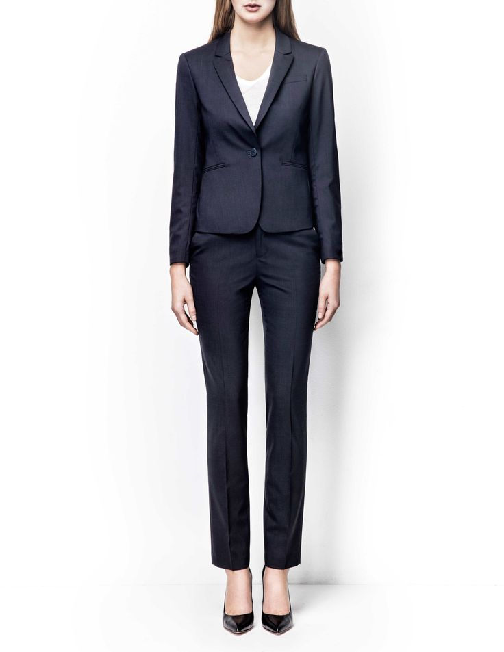 Olita blazer - Women's midnight blue blazer in wool-stretch. Fully lined with two-button fastening. Features two front paspoil pockets. Semi-slim fit. For a complete suit look wear it with Macie trousers