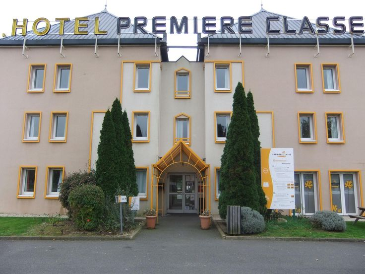 Niort Hotel Premiere Classe Niort Est - Chauray France, Europe Hotel Premiere Classe Niort Est - Chauray is perfectly located for both business and leisure guests in Niort. The hotel offers a high standard of service and amenities to suit the individual needs of all travelers. Free Wi-Fi in all rooms, facilities for disabled guests, Wi-Fi in public areas, car park, coffee shop are on the list of things guests can enjoy. Television LCD/plasma screen, internet access – wireless ...