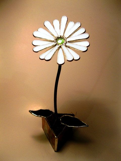 Gerbera Daisy in Snowy White - Lead Free -  Stained Glass