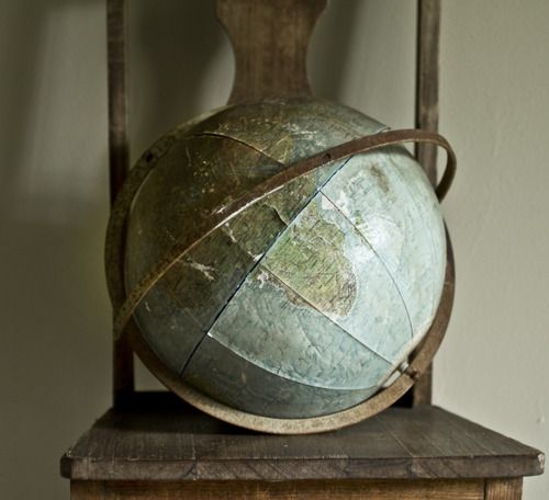 A well traveled woman: Maps, Chairs, Mothers Earth, Vintage Wardrobe, Old World, Antiques Globes, Decoration Idea, Styles Files, Vintage Globes