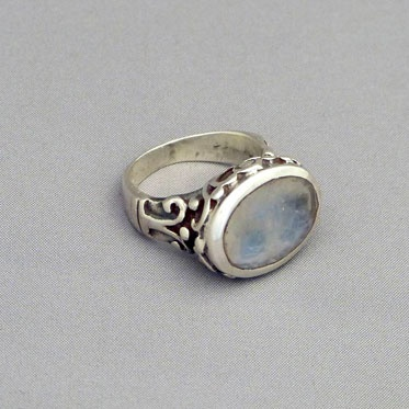 """""""Chandi"""" Ring from Cahoia"""
