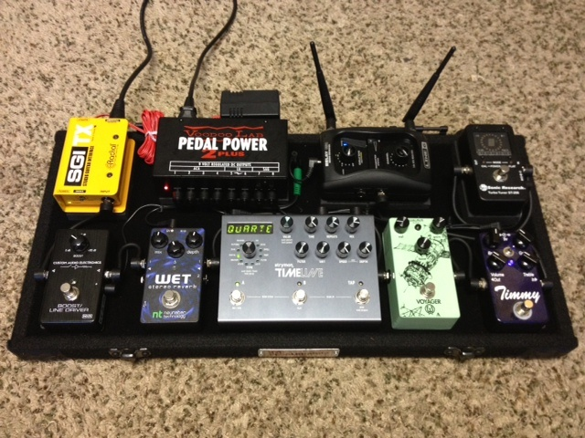 82 best guitar pedals and boards images on pinterest guitar pedals guitars and electric guitars. Black Bedroom Furniture Sets. Home Design Ideas