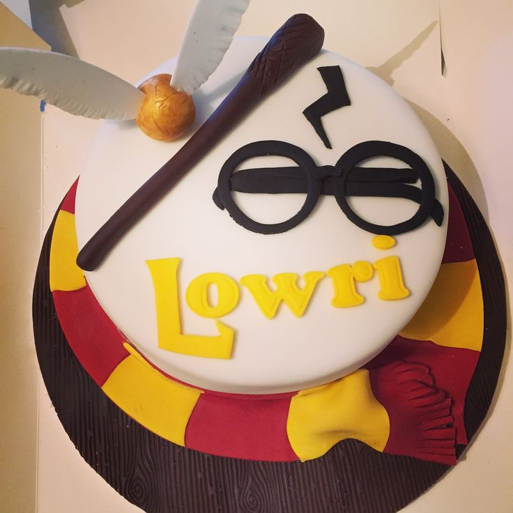 Best 25 Harry Potter Birthday Cake Ideas On Pinterest