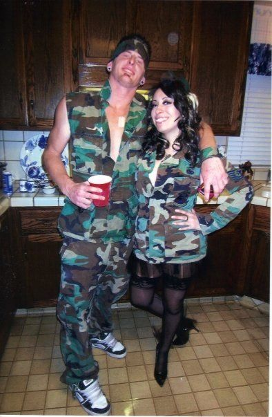 Soldier and pin up...good couples costume.