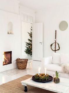 A Swedish Home With Subtle And Delightful Holiday Decor  ©️️carinaolander  ähnliche Tolle Projekte Und Ideen Wie Im Bild Vorgestellt Findest Du Auch  In ...