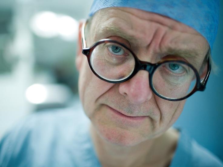Angielski Chirurg | The english surgeon, dir. Geoffrey Smith