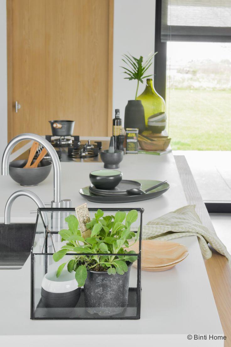 Keuken inrichten kasje met verse kruiden botanisch wonen keuken inrichting…