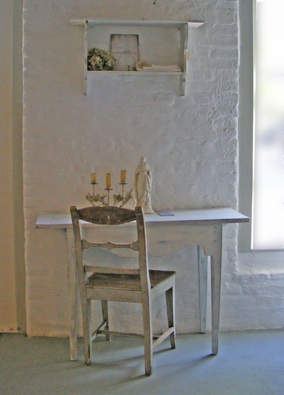 31 best images about swedish allmoge on pinterest antique dining tables cabinets and poppies - Binnenkant country chic ...