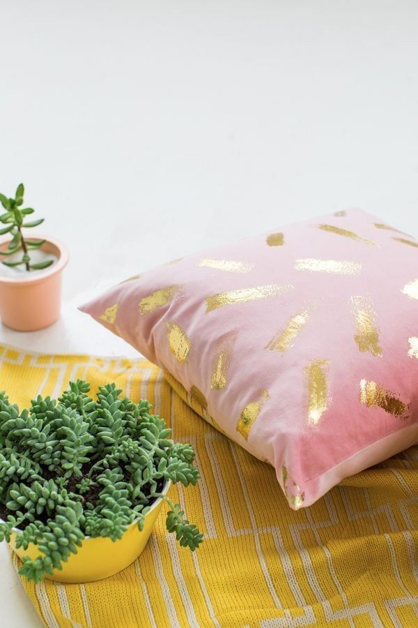 DIY Gold Foil Brushstroke Pillow | Sugar & Cloth
