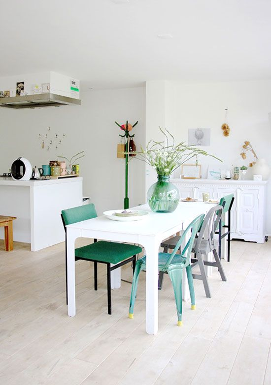 Beautiful dining white space