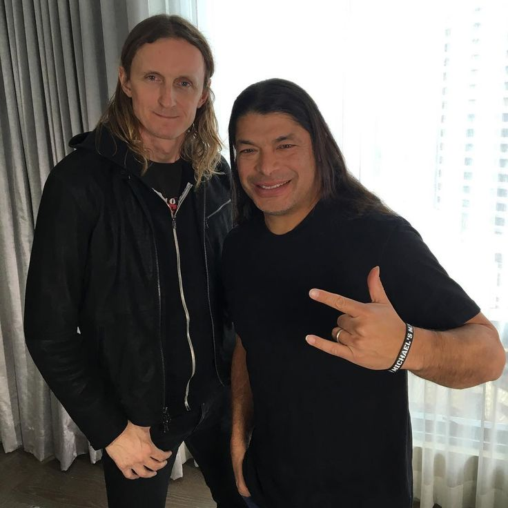 "492 kedvelés, 9 hozzászólás – BANGER (@bangerfilms) Instagram-hozzászólása: ""Coming soon to #bangertv, an interview with #roberttrujillo of #metallica about the bass on…"""