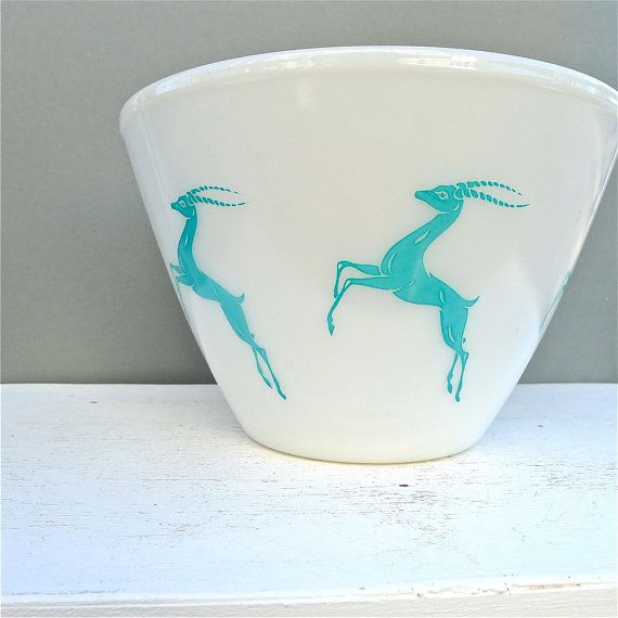intage Fire King Gazelle Splash Proof Mixing Bowl