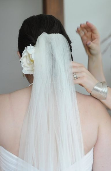 veil2.jpg (384×591):
