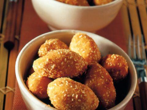 Crocchettine di patate, brie e nocciole