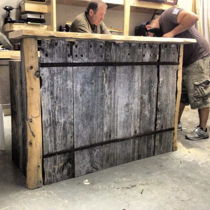 20 best images about bar made of barn wood on pinterest for Diy wood bar