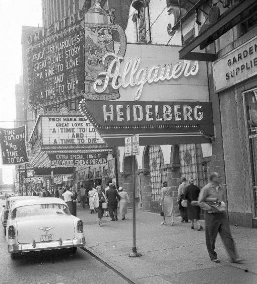– CHICAGO – RANDOLPH STREET – ORIENTAL THEATER – OLD HEIDELBERG WHEN ALLGAUERS – RIGHT EDGE VAUGHN SEEDS – 1958