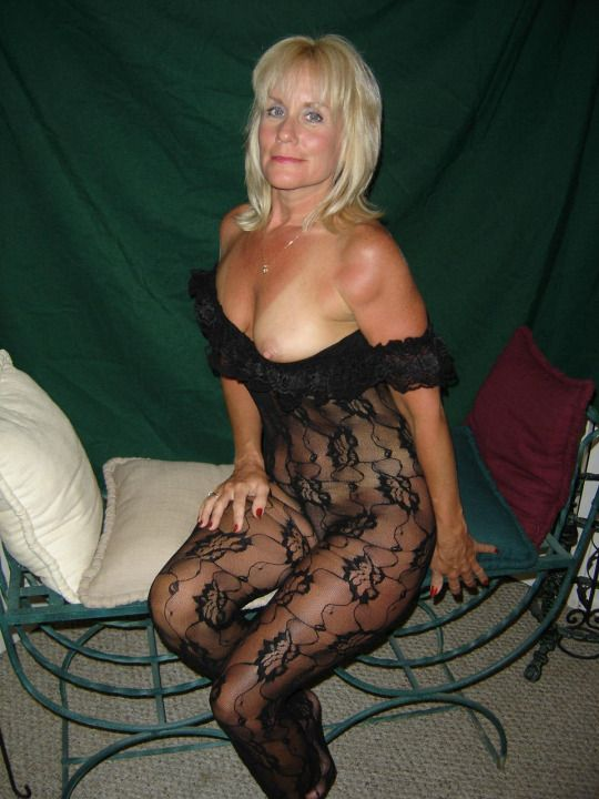 slave lake single mature ladies Personal ads for the villages, fl are a great way to find a life partner, movie date, or a quick hookup personals are for people local to the villages, fl and are for ages 18+ of.