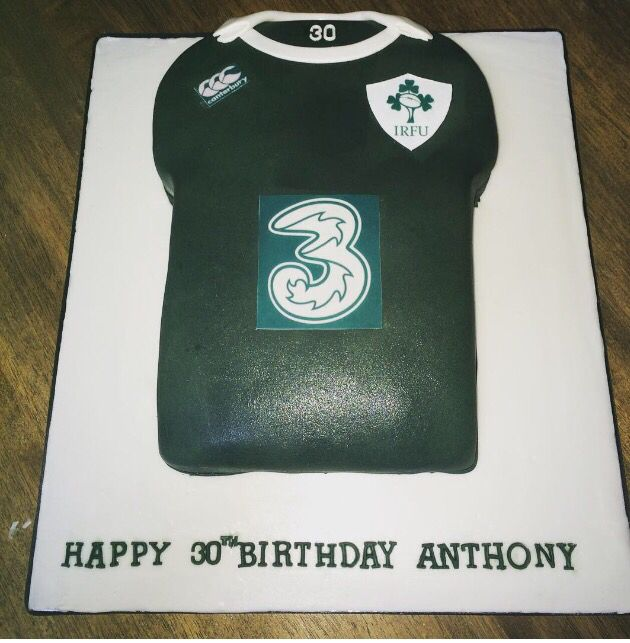 Ireland rugby jersey cake