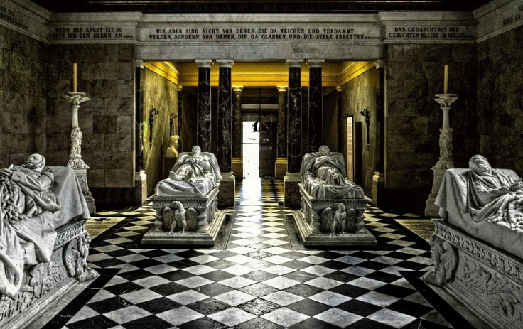 Tomb of the Prussian Royal Family: Film, Royal Families, Galleries, Families Tomb, Full Movie, Beautiful Earth, Beautiful Places, Prussian Royals, Royals Families