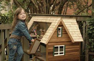 Ah! E se falando em madeira...: Casa de boneca, projeto no blog