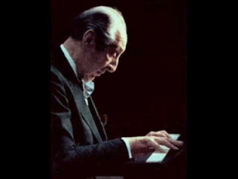 Vladimir Horowitz, greatest of the modern pianists; I watched his final performance in Hamburg and remember the tears in the audience. His Chopin Ballade 1/23 was brilliant, careful and sparkling.
