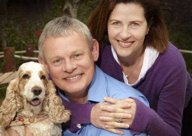 Martin Clunes with his wife Phillipa Braithwaite and one of their cocker spaniels (Tina?)