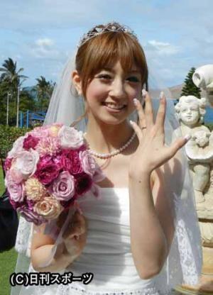 結婚式での小倉優子