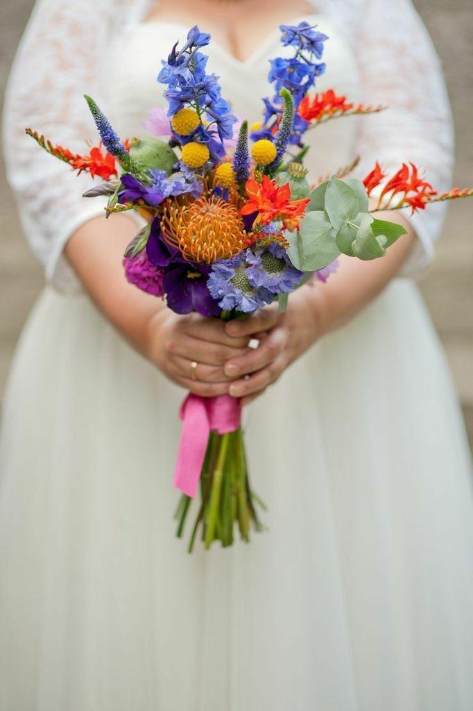 Stunning Bridalbouqet. yellow, blue an pink! Boho Bunter Brautstrauß Boho gelb, blau, pink  FÜR IMMER DEINS EVENT  Fotografie: Petra Hennemann