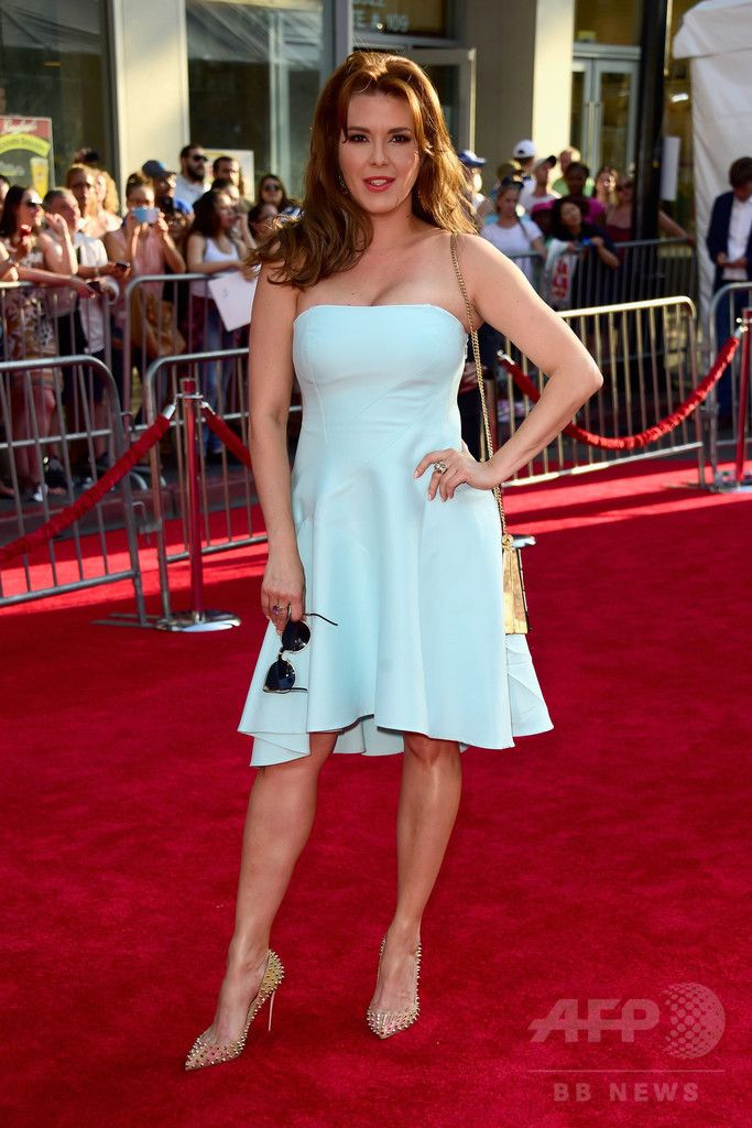 米ハリウッド Hollywood で行われた新作映画の上映会に登場したアリシア・マチャドさん(2016年6月21日撮影)。(c)AFP/Getty Images/Frazer Harrison ▼1Oct2016AFP|トランプ氏、元ミスコン勝者の「セックス動画」存在主張 http://www.afpbb.com/articles/-/3102818 #Alicia_Machado