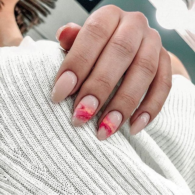 35 summer can also be recommended with Frosted nail style nails;summernails;summ…