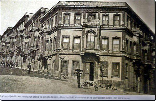 Beşiktaş Akaretler'de , Osmanlı Saray Ressamı olan Fausto Zonaro'nun evi ve atölyesi olan bina..