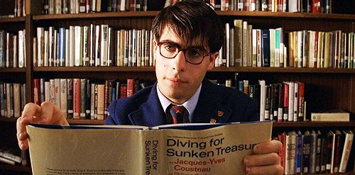 rushmore wes anderson essay It's easy to generalize the work of director wes anderson as artificial but in his new book, the wes anderson collection, writer matt zoller seitz finds the substance in anderson's signature style it's a visual essay befitting a visual essayist such as anderson, replete with behind-the.