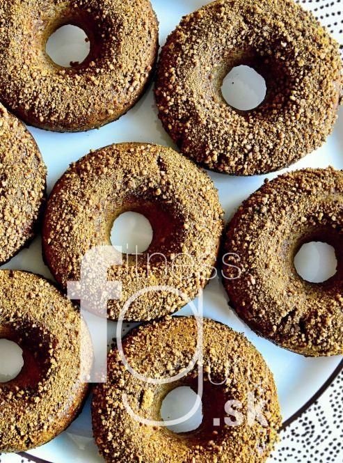 Bezlepkové škoricové donutky za 10 minút (ktoré zvládnete aj bez formy)