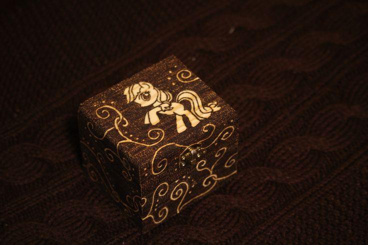 Jewelry box pyrography