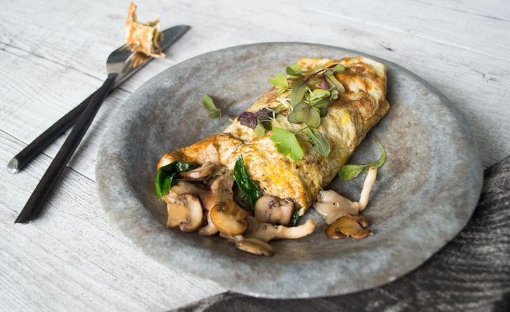 Well Nourished ⎮Garlic Mushroom Omelette Wrap