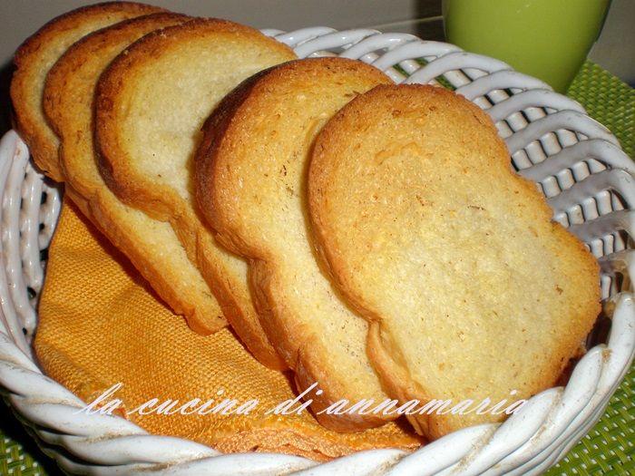 Fette biscottate fatte in casa, ricetta
