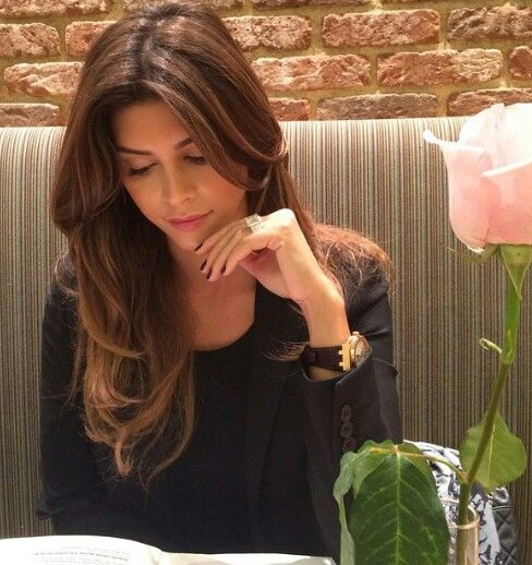 Perfect Brunette Long Hair Shiva Safai | La Beℓℓe ℳystère