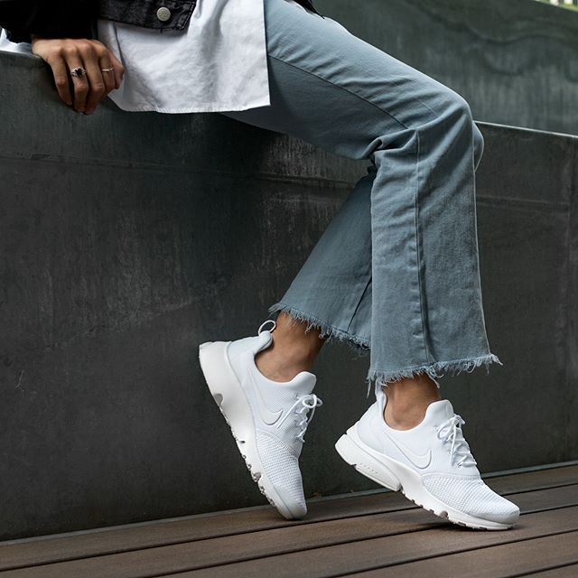detergente haz Asia  Nike Wmns Presto Fly | Fashion, Outfits, Sneakers fashion