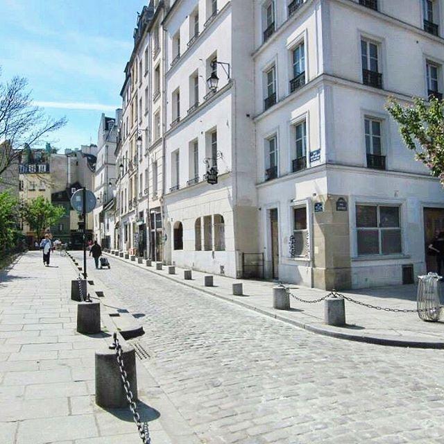 'Paris always is always a good idea' ~ Audrey Hepburn  #paris #breathtaking #audreyhepburn #thatview #thisisparis #instamoments #instaparis #beautiful #picturesque #architecture #afternoonstroll #melbournelifelovetravel #blueskies #vibrant #colourful #sopretty #visitparis #france #spring #scenic #explore #live #enjoy #love #travel #iloveparis #instagood #instatravel #instafun #parisisalwaysgoodidea