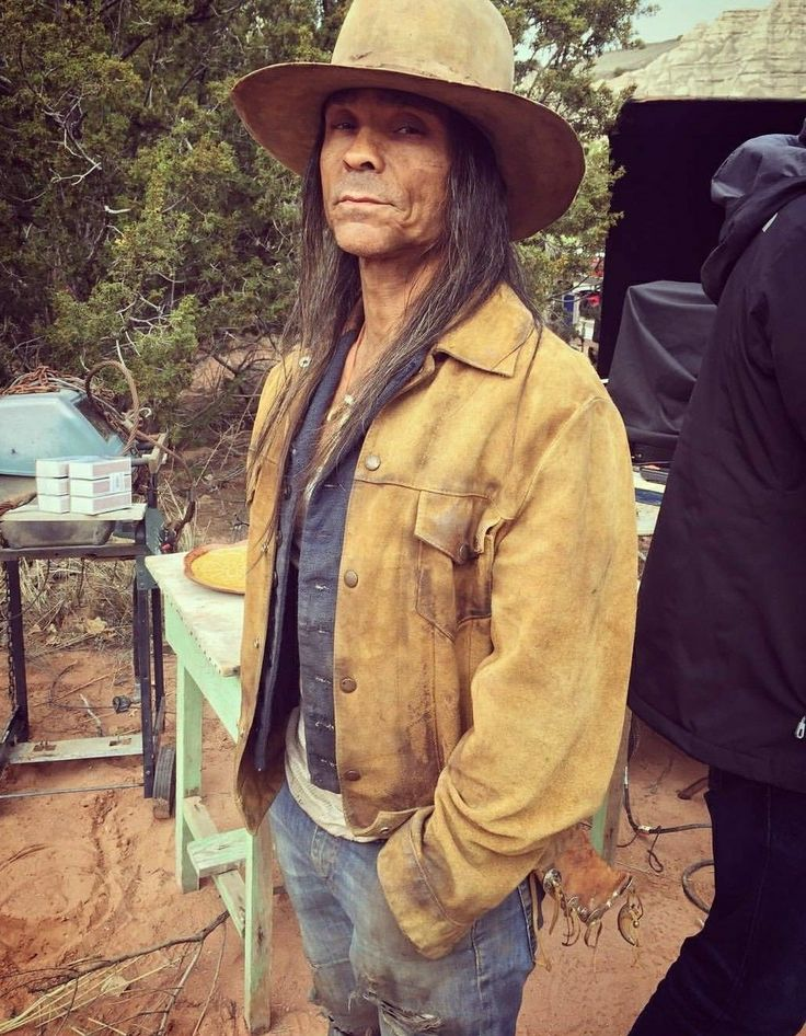 Longmire Coffee Table Book Presentation In: 602 Best Images About Zahn Bad@ss Aka O'Hanzee Dent On