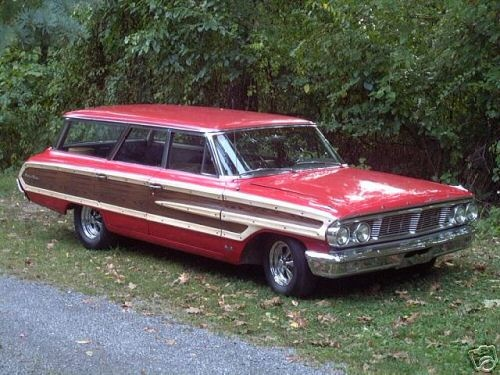 Faux Goldfinger Country Squire With Mag Wheels 1964