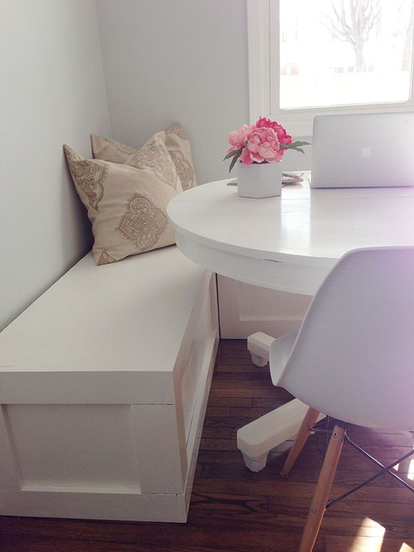 16 Awesome Do It Yourself Nooks and Banquettes Ideas 16