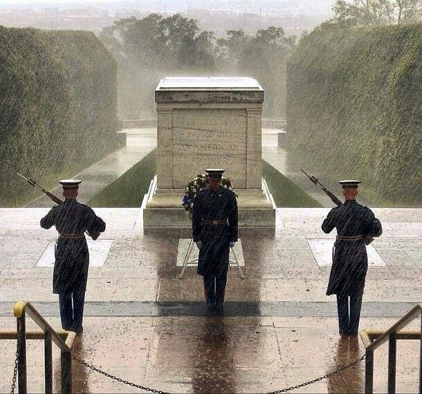 Honor Guards at Tomb of the Unknown Soldier Amid Storm