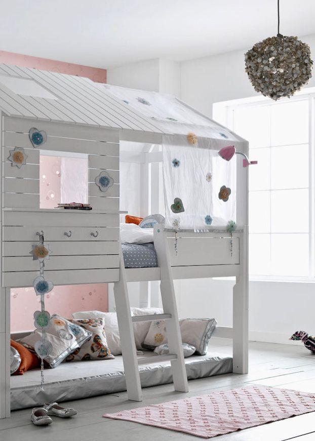 Ein Huttenbett Furs Kinderzimmer Kinder Zimmer Hochbett Kinder Hochbett Kinder Haus